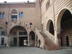Verona - Palazzo della Ragione, tribunale cittadino fino al 1985
